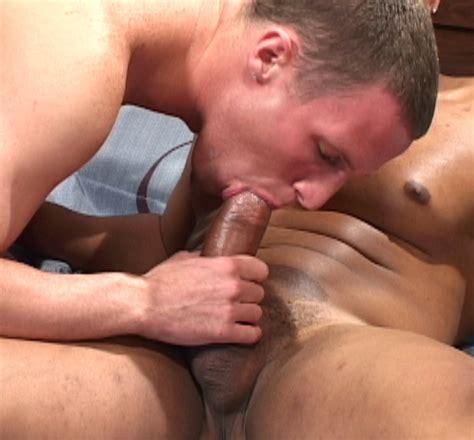 Muscle Man And Twinkster Bareback Fuck Naked Guys Hot