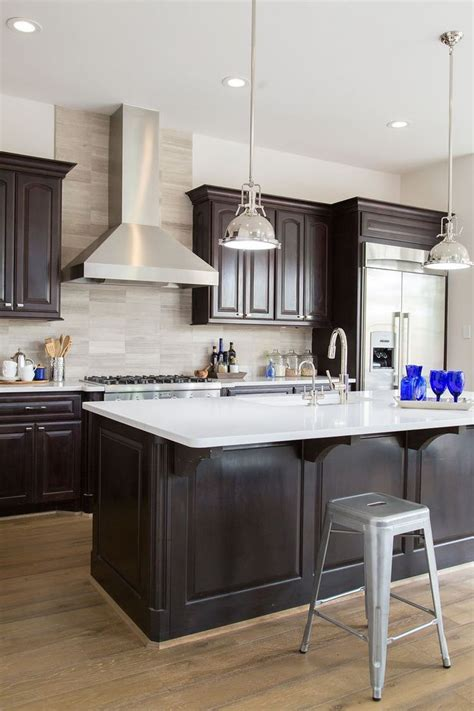 espresso kitchen cabinets with light floors best 25 espresso kitchen ideas on espresso