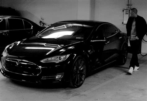 jay   owns  murdered  tesla model  apparently