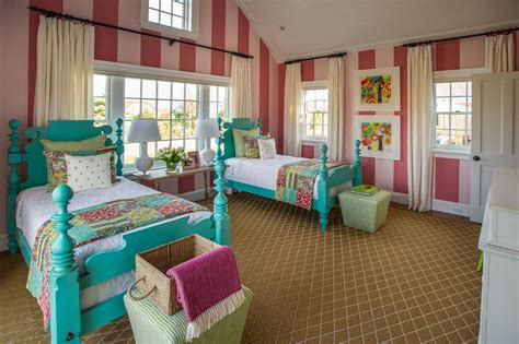 Kid Bedroom Design Photos by Bedroom Colorful Quilts Hgtv