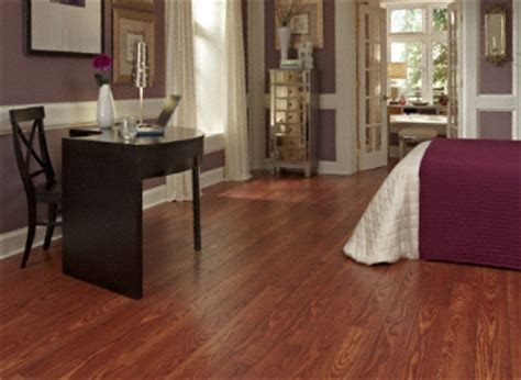 Dream Home   St. James   12mm Gunstock Oak Laminate:Lumber