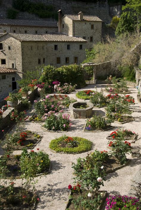 tuscan garden pictures the tuscan garden places itineraries trips events around tuscany