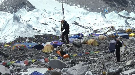 1996 everest disaster inside view of the mount everest tragedy nbc news