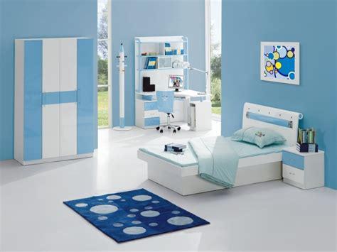 deco chambre bleue décoration chambre enfant printanière et estivale