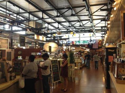 interior  public market picture  milwaukee public