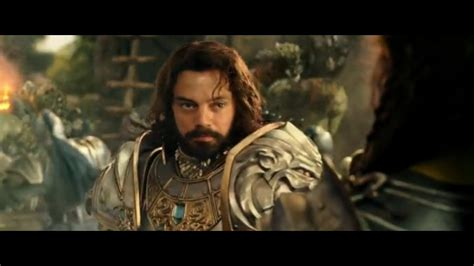 Orc warriors escaping their withering home to colonize another. Warcraft Hindi Dubbed : Paula patton, travis fimmel, ben foster and others. - Garagem Wallpaper