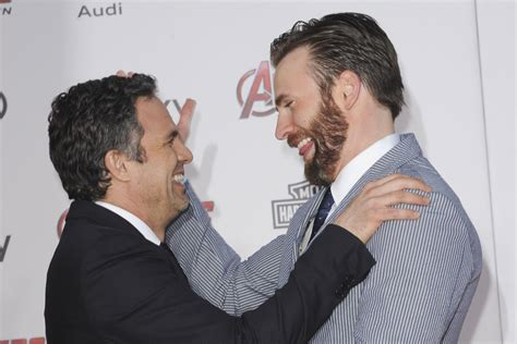 Mark Ruffalo sends reassurance to pal Chris Evans after ...