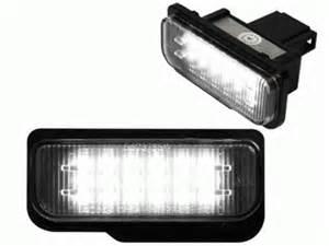 Mercedes Classe C Blanche : passer un clairage led blanc oublier les ampoules jaunes w5w c5w ~ Maxctalentgroup.com Avis de Voitures