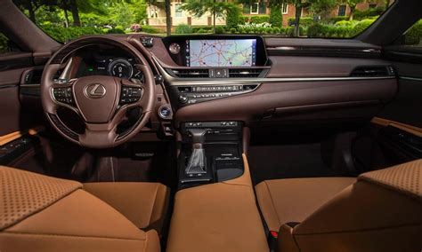 lexus es  review kelley blue book