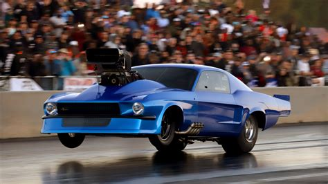 Outlaw Small Tire Drag Racing from Lights Out 11