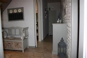 Superb deco interieur gris blanc 5 couloir photo 57 for Deco interieur gris blanc