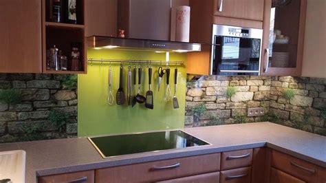 Glas statt Fliese, Küchenrückwände  Glaserei in Baden und