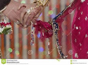 Indian Hindu Bride & Groom Holding Hands Stock Photo ...