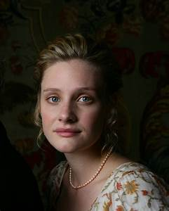 Life, to the Full: Review: Emma (2009) Starring Romola Garai