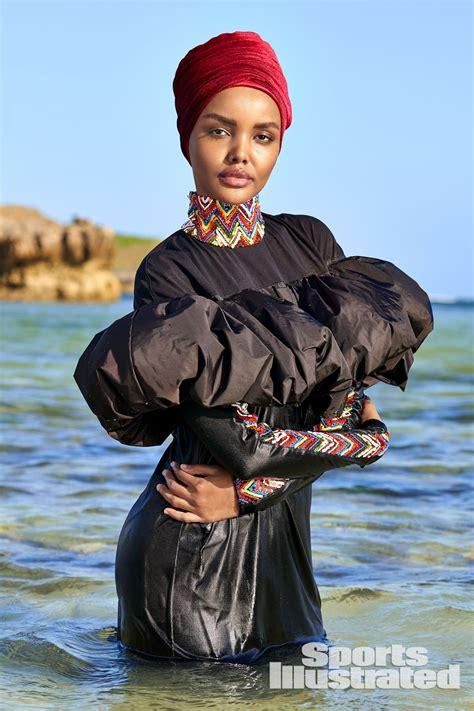 halima aden    model  wear  hijab  burkini