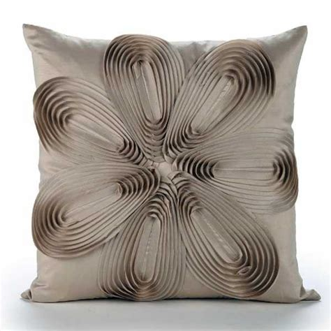 Decorative Pillow Ideas by 20 Creative Decorative Pillows Craft Ideas With