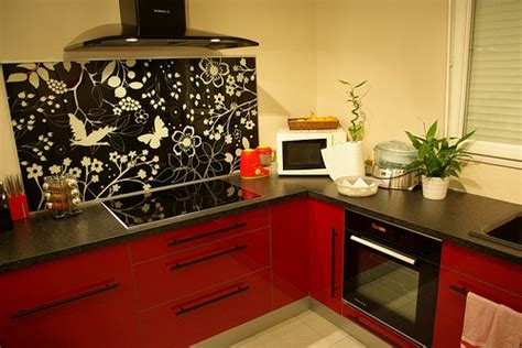credence cuisine verre ikea cuisine ikea avec crédence détournée plaque verre de