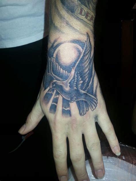 beautiful hand tattoo designs