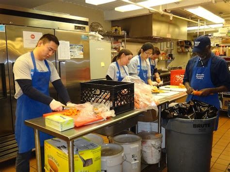 Yorkville Common Pantry New York Common Pantry Helping In Any Way They Can Ny