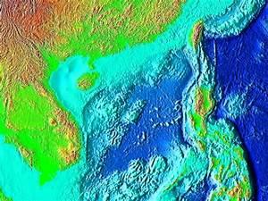 South China Sea - Wikipedia