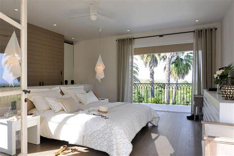 photo de chambre de luxe mosaique salle de bain beige
