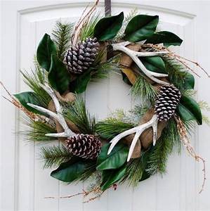 1000+ ideas about Antler Wreath on Pinterest | Holiday ...