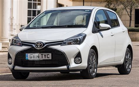 Toyota Yaris Hd Picture by 2014 Toyota Yaris 5 Door Uk Wallpapers And Hd Images