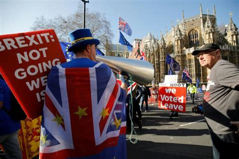 deal  delay votes leave brexit   limbo  deal