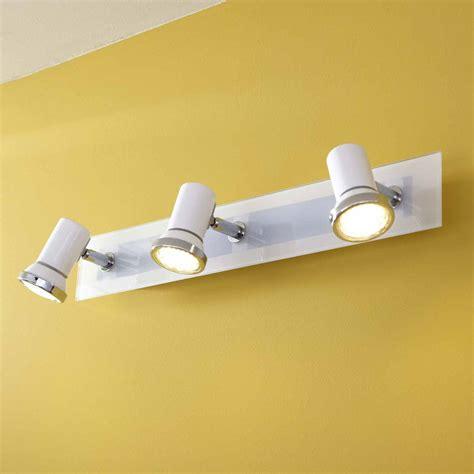 barre spots led pour salle de bain en m 233 tal longueur 46cm tamara blanc