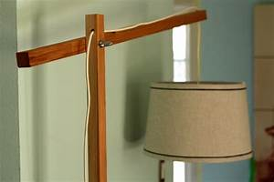 Wood floor lamp plans pdf woodworking for Make wooden floor lamp