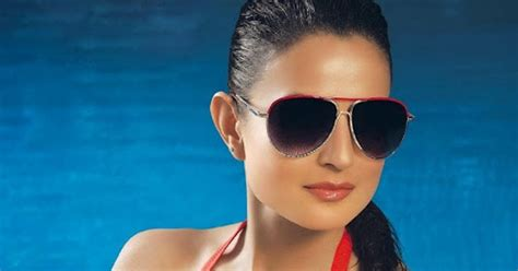 Hot Infotainment Pictures Amisha Patel Red Bikini Hot Photos