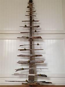 drift wood Christmas tree~ met•a•mor•pho•sis living: