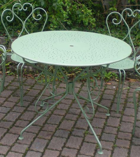 table de salon de jardin en fer forge 233 l 233 gant ancien salon de jardin en fer forg 233