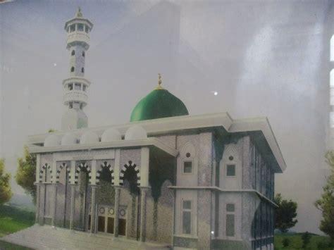 menengok masjid berumur satu abad lebih  pulau sumba salam