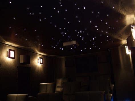 etoile plafond chambre etoiles fluorescentes plafond chambre maison design