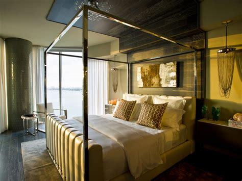 Hgtv Urban Oasis 2018 Master Bedroom Pictures Hgtv