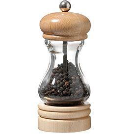 des astuces pour la cuisine ingrédient poivre noir du moulin