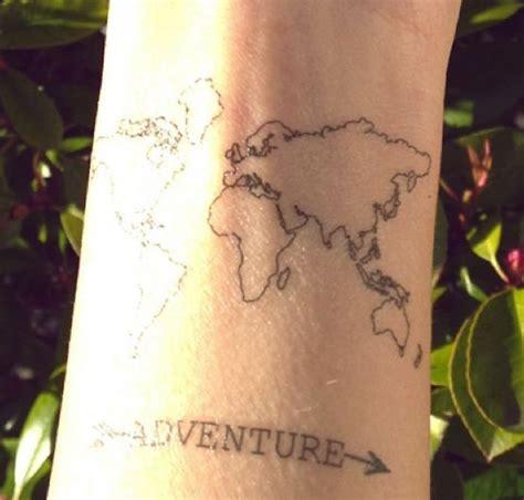 Carte Du Monde Tatouage Poignet by 1001 Id 233 Es Tatouage Voyage Pour Des Souvenirs Grav 233 S