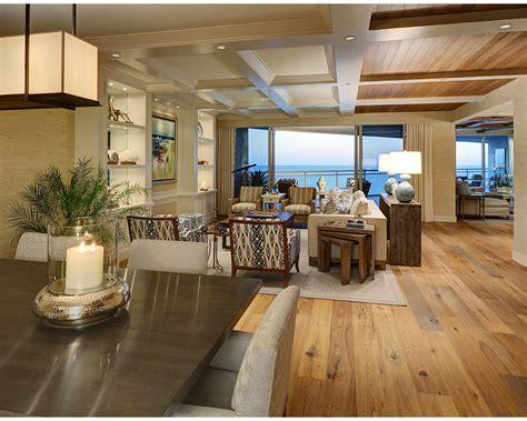 relaxed beach house  design interiors