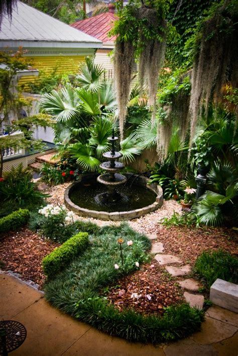 Gartengestaltung Ideen Brunnen by Moderne Gartengestaltung Tolle Ausstattung Des Innenhofs