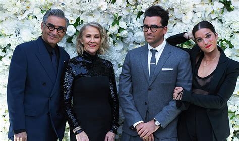 'Schitt's Creek' Sweeps the 2020 Emmys and Makes History ...