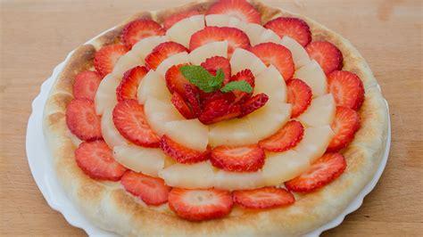 Kuchen De Pina Con Crema Pastelera