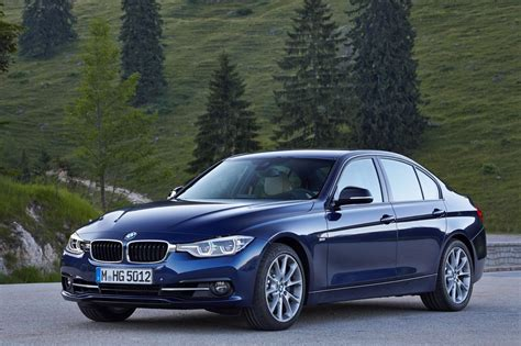 bmw  introduced  india starts  inr  lakhs