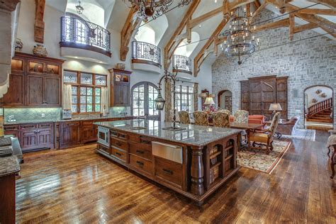 house plans with big kitchens not completely my taste but this is a great room