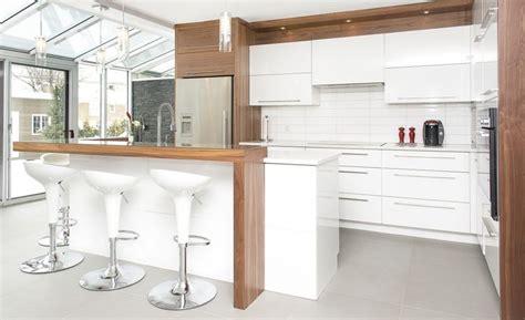 cuisine contemporain cuisine contemporaine armoires novaro cuisines et