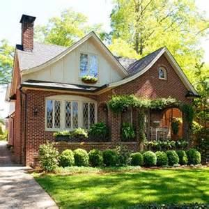 tudor cottage style ideas фасад дома в стиле фахверк
