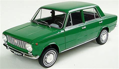Detailansicht Artikelnr Ma7586  Fiat 124 Limousine