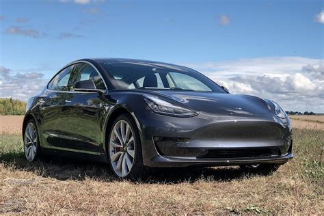 2018 Tesla Model 3 Performance First Review