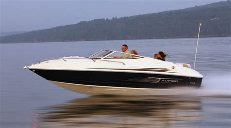 Larson Boats by Research 2012 Larson Boats Lx 2060 Cuddy On Iboats