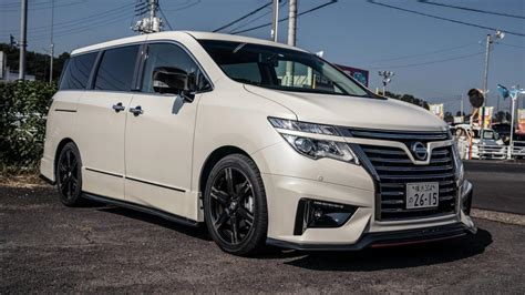 Nissan Elgrand Modification by Nissan Elgrand Nismo Review A Japanese Sports Mpv Top Gear
